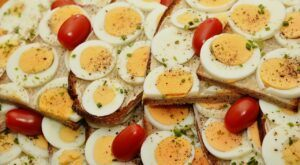 eggs-contain-a-lot-of-protein-to-lose-belly-fat